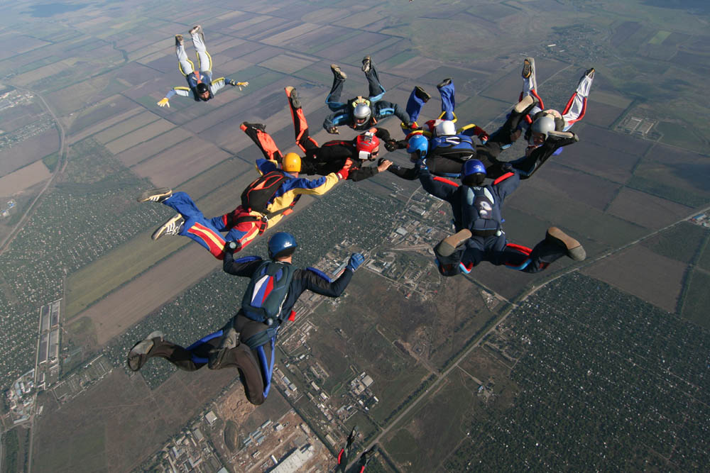 azov skydiving